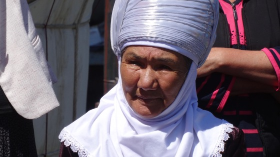 This woman is wearing traditional clothing of the Alay region, similar to that worn by local hero Kurmanjan Datka.