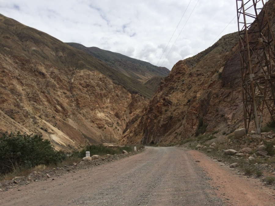Driving through the valley near Kyzyl-Oi