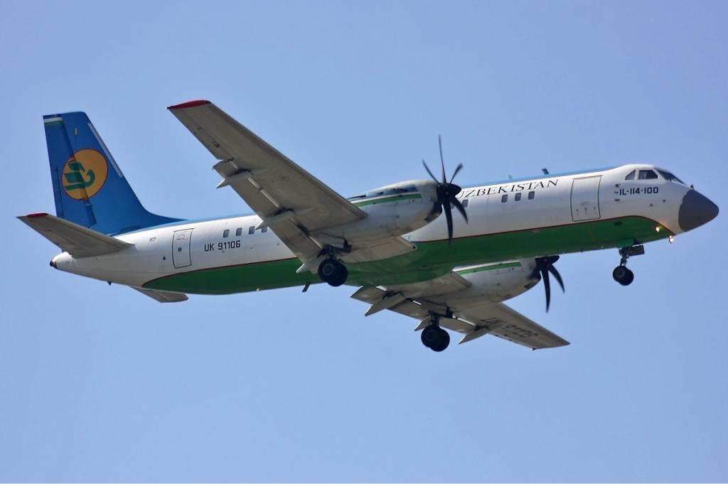 uzbekistan_airways_ilyushin_il-114_dyubin